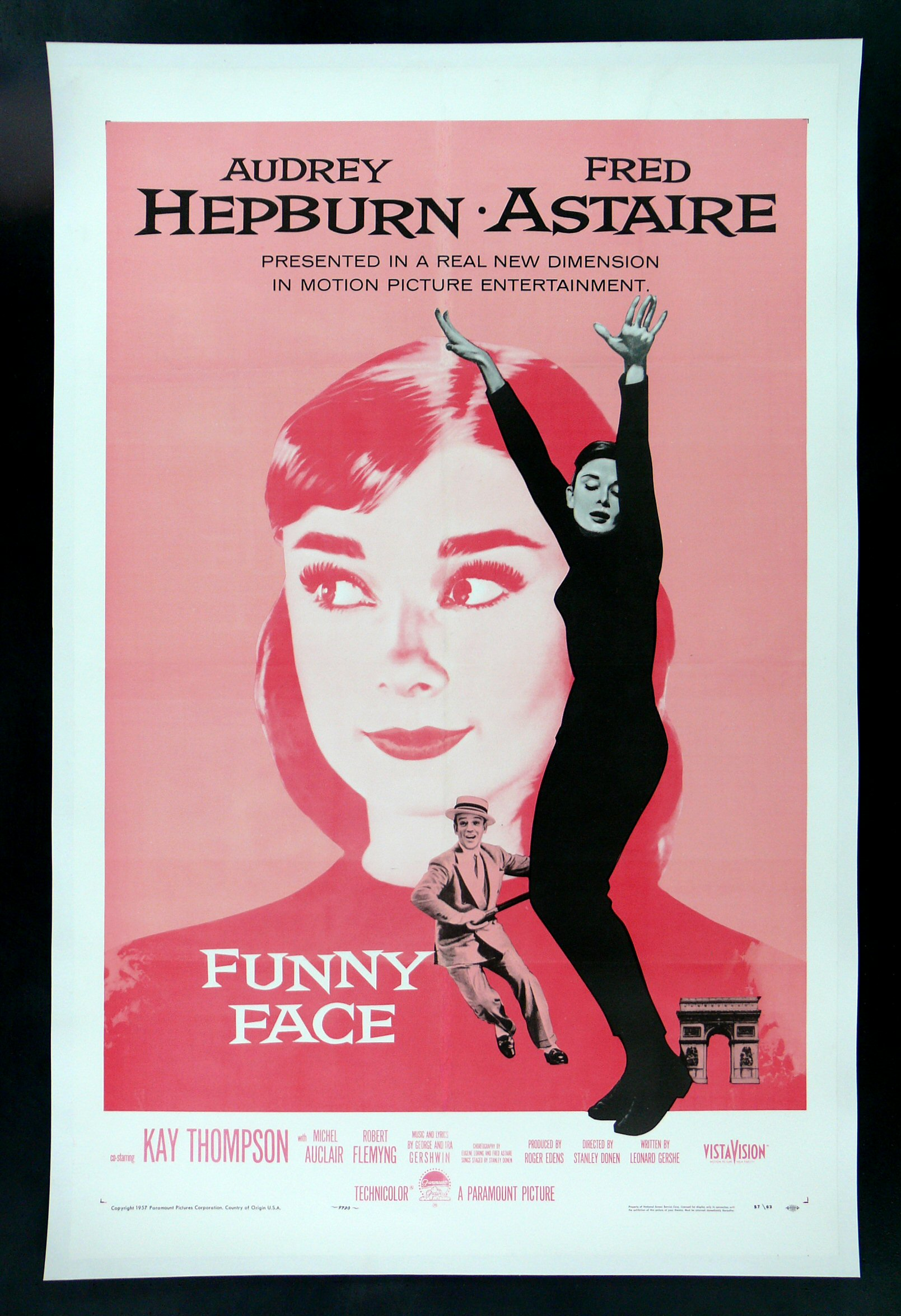 funny face cinemasterpieces audrey hepburn pink original movie poster 1957 ebay. Black Bedroom Furniture Sets. Home Design Ideas